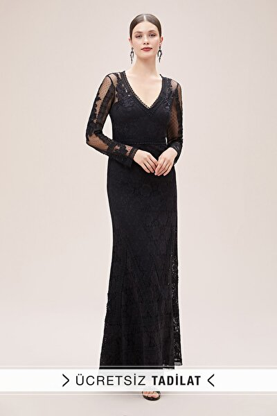 Kadın Siyah Dantel İşlemeli Uzun Kollu V Yaka Uzun Abiye Elbise VC5188