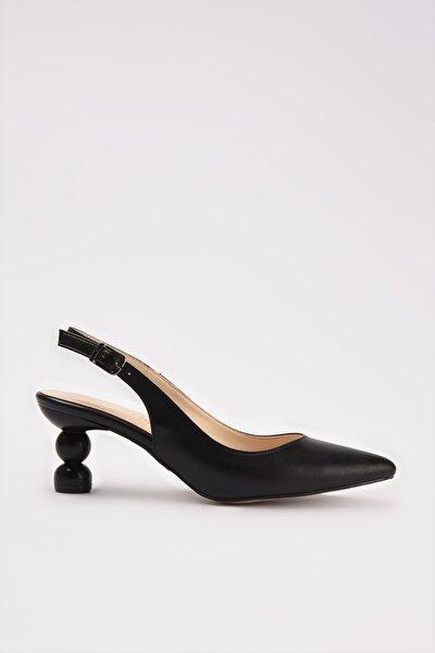 Siyah Kadın Klasik Topuklu Ayakkabı 01AYH214430A100