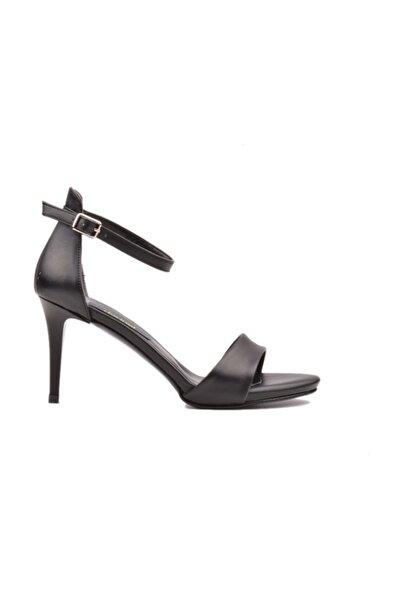 Kadın Ayakkabı Klasik Siyah Tek Bantlı