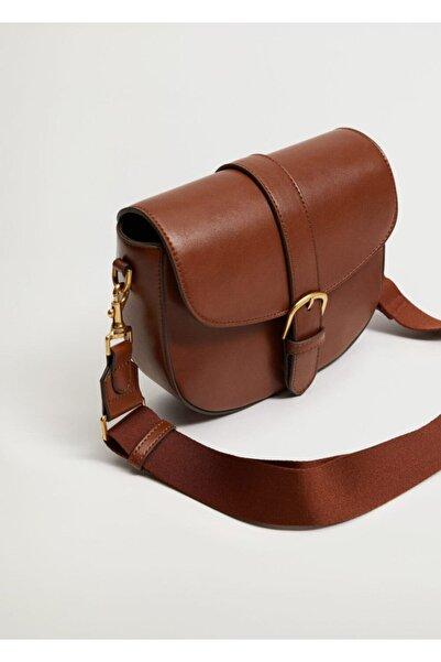 Kapağı Tokalı Çanta