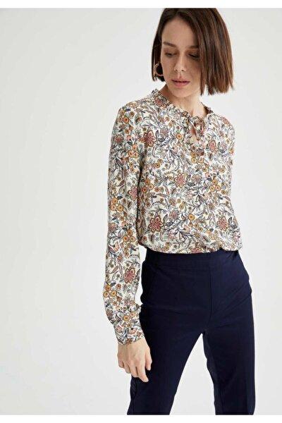 Kadın Bej Desenli Uzun Kollu Bluz