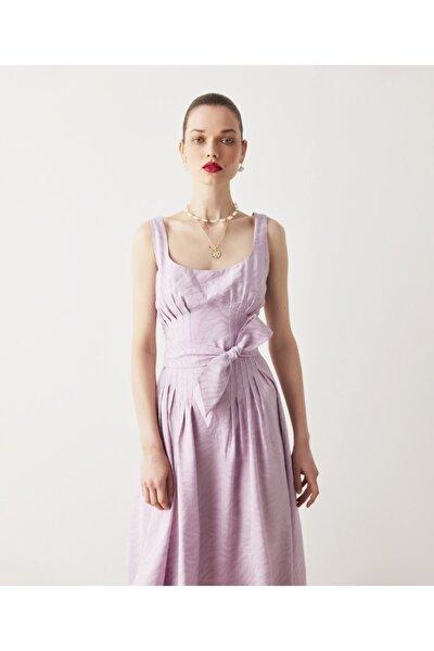 Bel Vurgulu Elbise