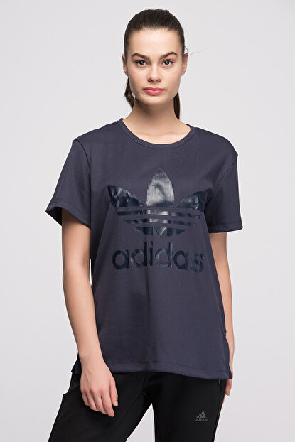 competitive price 25e19 346a6 adidas Kadın Originals T-shirt - Bf Trf Tee ...