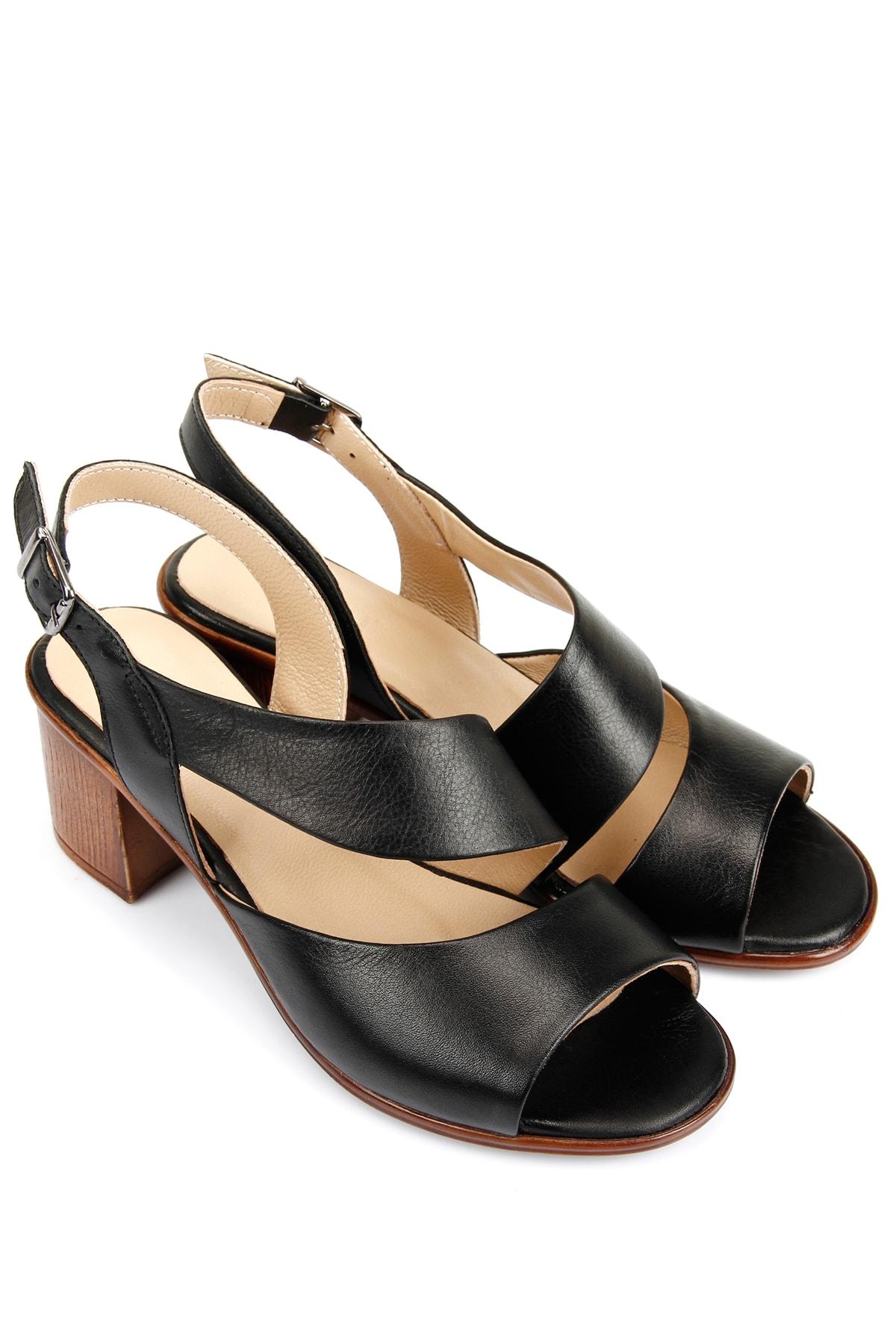 GÖN Hakiki Deri Siyah Kadın  Sandalet 45632
