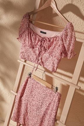 TrendyolMilla Pembe Crop Bluz TWOSS20BZ0323