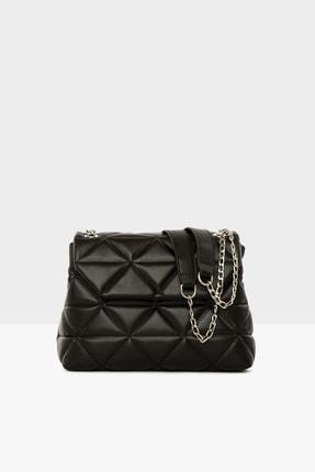 Bagmori Siyah Kadın Üçgen Nakışlı Kapaklı Çanta M000004328