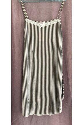 Eflatun Ip Askılı Çizgili Desenli Dantelli Kuşaklı Pijama