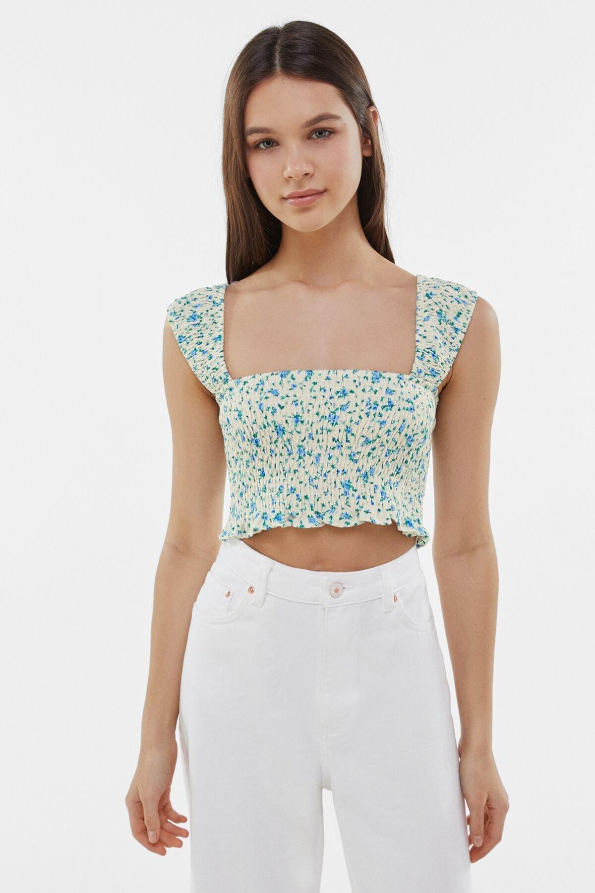 Bershka Kadın Mavi Elastik Büzgülü Desenli Bluz