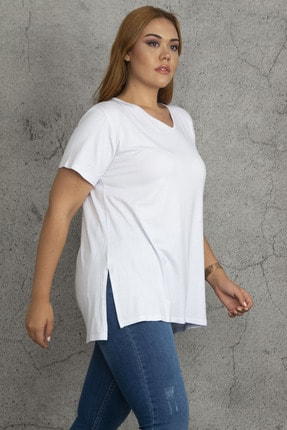 Şans Kadın Beyaz V Yakalı Yan Yırtmaçlı Bluz 65N23644