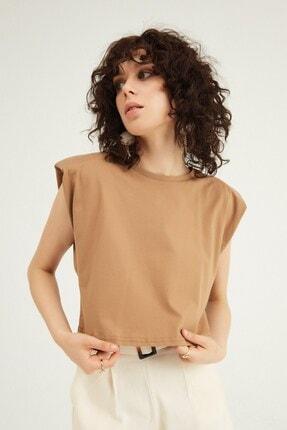Quzu Kadın Kahverengi Vatkalı Basic Crop T-Shirt