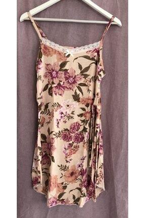 Eflatun Ip Askılı Çiçek Desenli Dantelli Kuşaklı Pijama