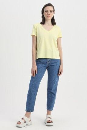 Quzu Kadın Sarı Vatkalı V Yaka Tişört
