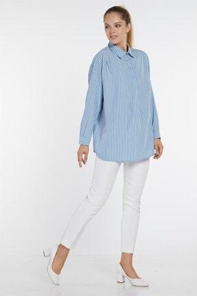 Nihan Kadın Mavi Çizgili Yarı Düğmeli Gömlek X4213
