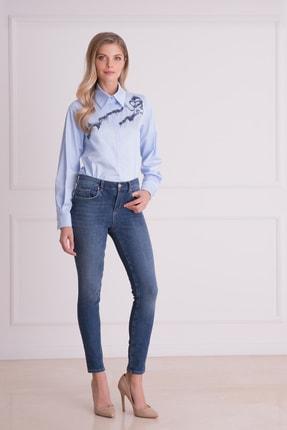 Gizia Kadın Mavi Dar Kesimli Jean Pantolon