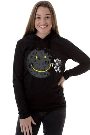Rock & Roll34 Grafitici Astronot Siyah Kapşonlu Uzun Kollu  Kadın T-shirt