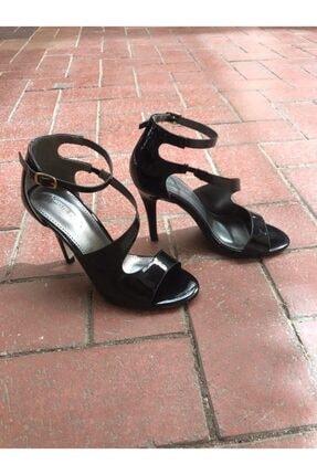 Kriste Bell Kadın Siyah Çapraz Bantlı Topuklu Ayakkabı K182-8336