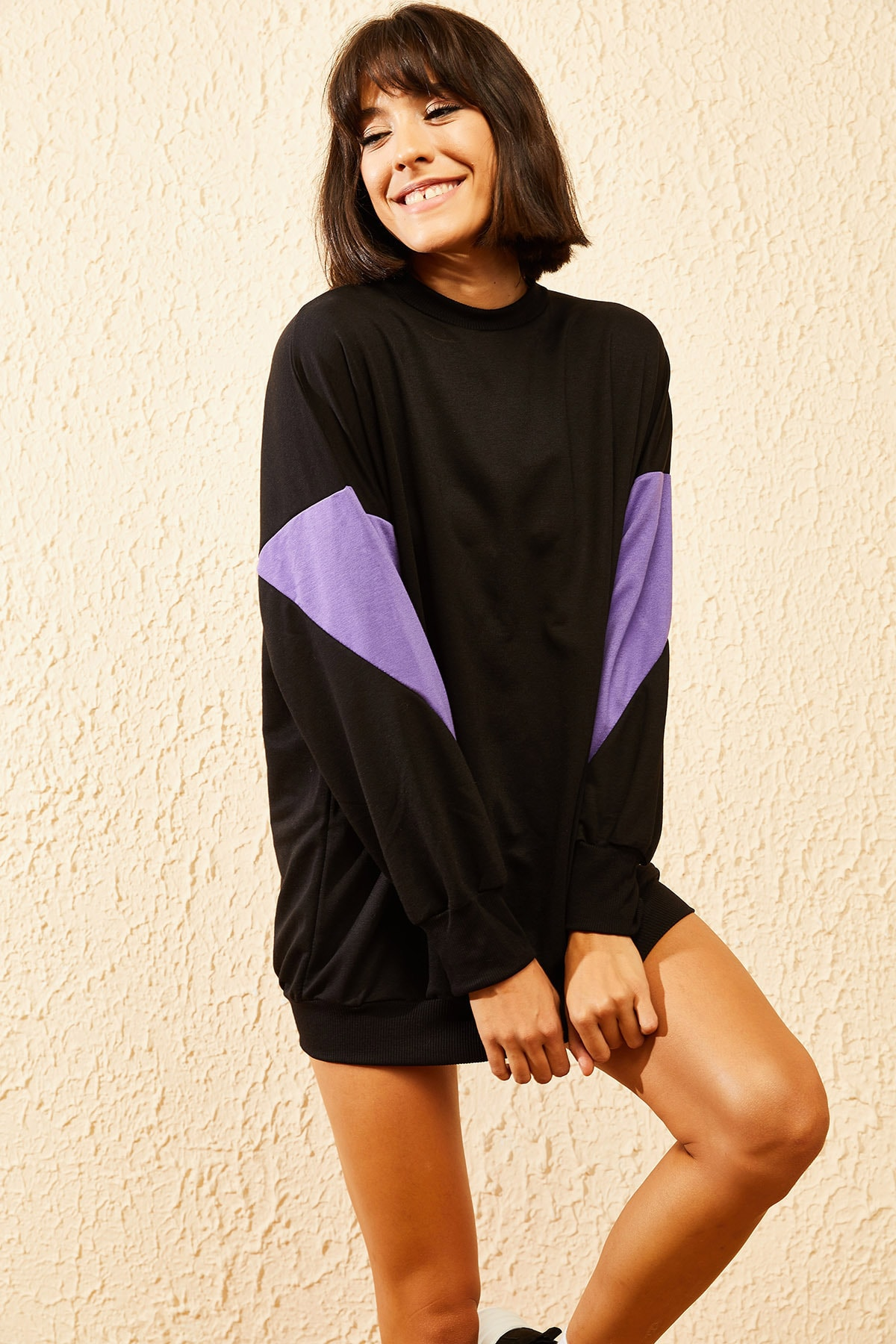 Bianco Lucci Kadın Siyah Kolları Desenli Sweatshirt 10121028