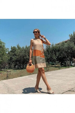 Deppoist Kadın Bej Renk Zigzag Desenli Ayrobin Elbise