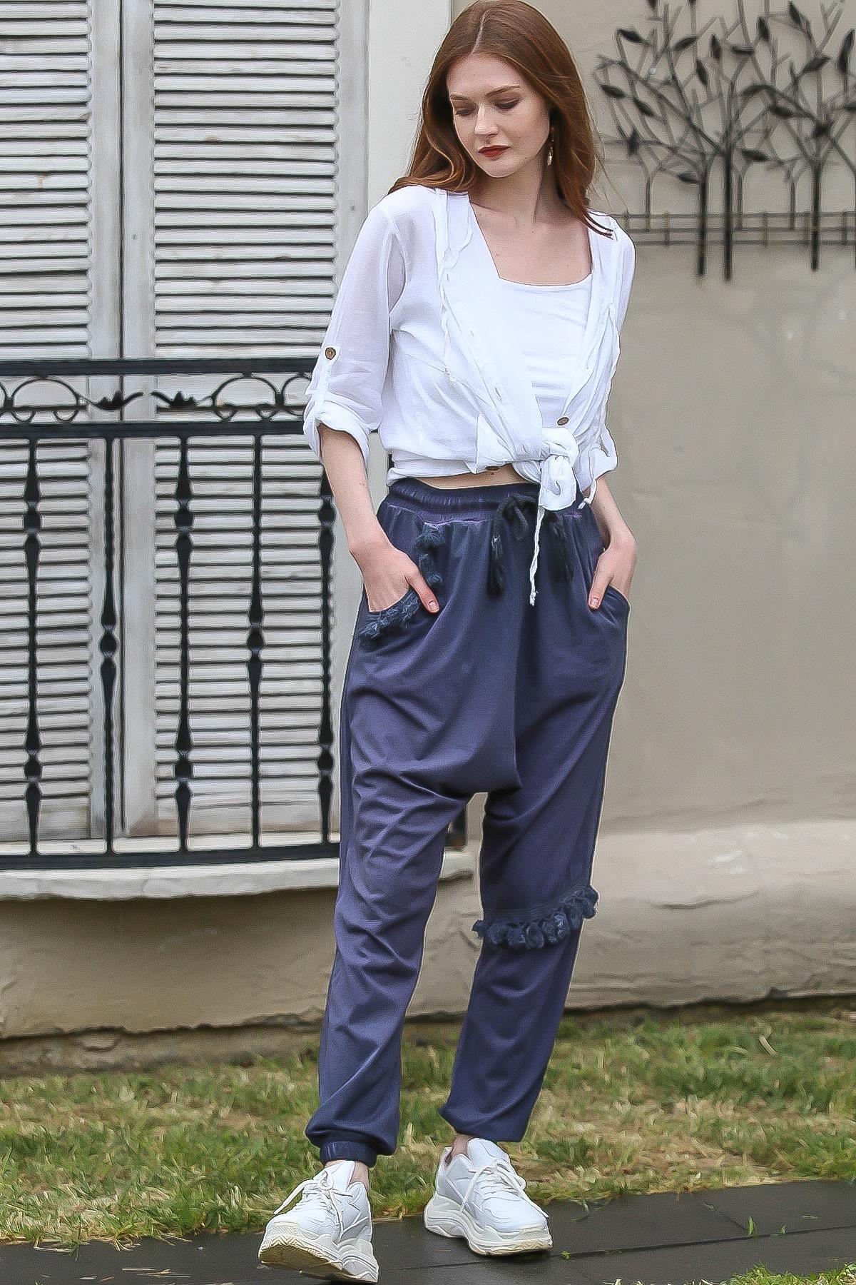 Chiccy Kadın Lacivert Cebi Ve Diz Altı Püskül Detaylı Lastikli Yıkamalı Şalvar Pantolon C10060000PN98801