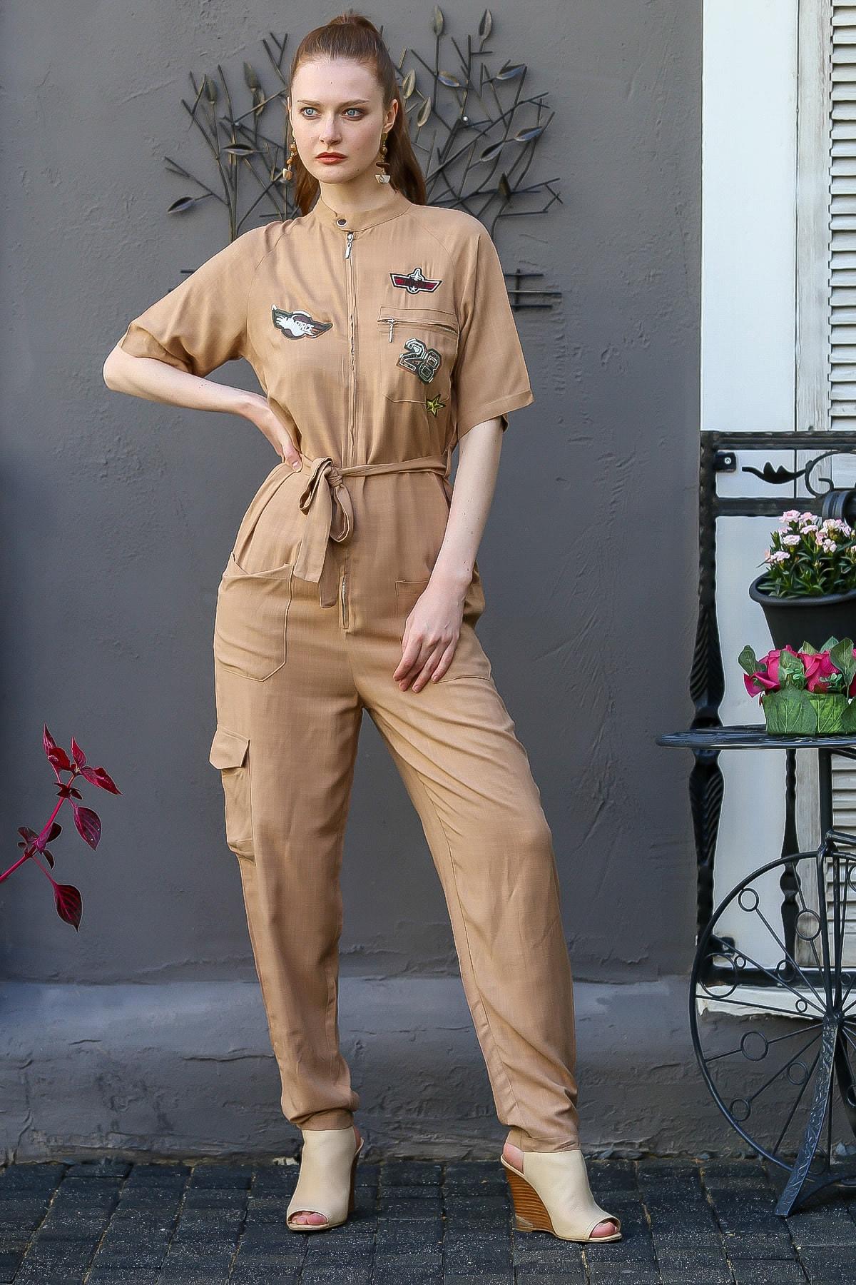 Chiccy Kadın Taba Military Aplike Detaylı Fermuarlı Cepli Kuşaklı Dokuma Tulum M10160000El94801