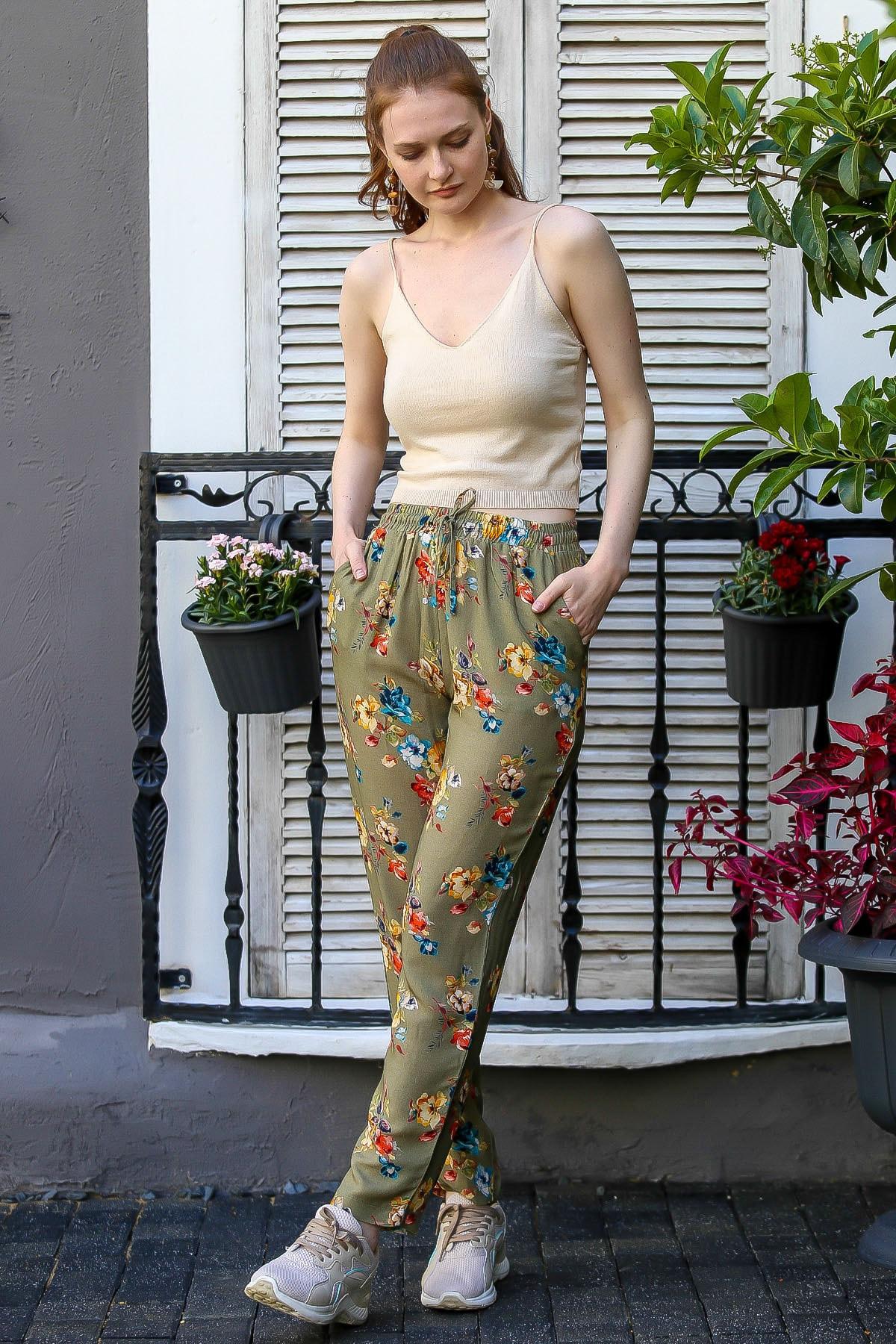 Chiccy Kadın Haki Floral Desenli Beli Bağlama Detaylı Dokuma Pantolon M10060000Pn98774