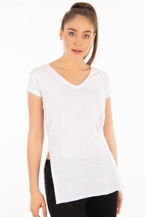 Morpile Kadın Beyaz V Yaka Yırtmaçlı T-shirt