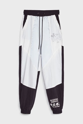 Bershka Kadın Siyah Mickey Baskılı Jogging Fit Pantolon