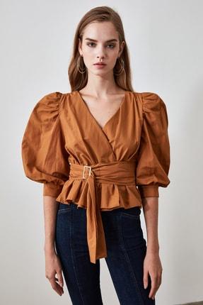TrendyolMilla Camel Bağlama Detaylı Bluz TWOAW20BZ0923