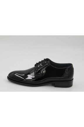 Pierre Cardin Kadın Siyah Rugan Klasik Ayakkabı