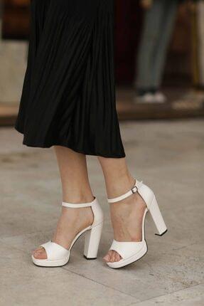 Kadın Beyaz Topuklu Ayakkabı 037.15-16571