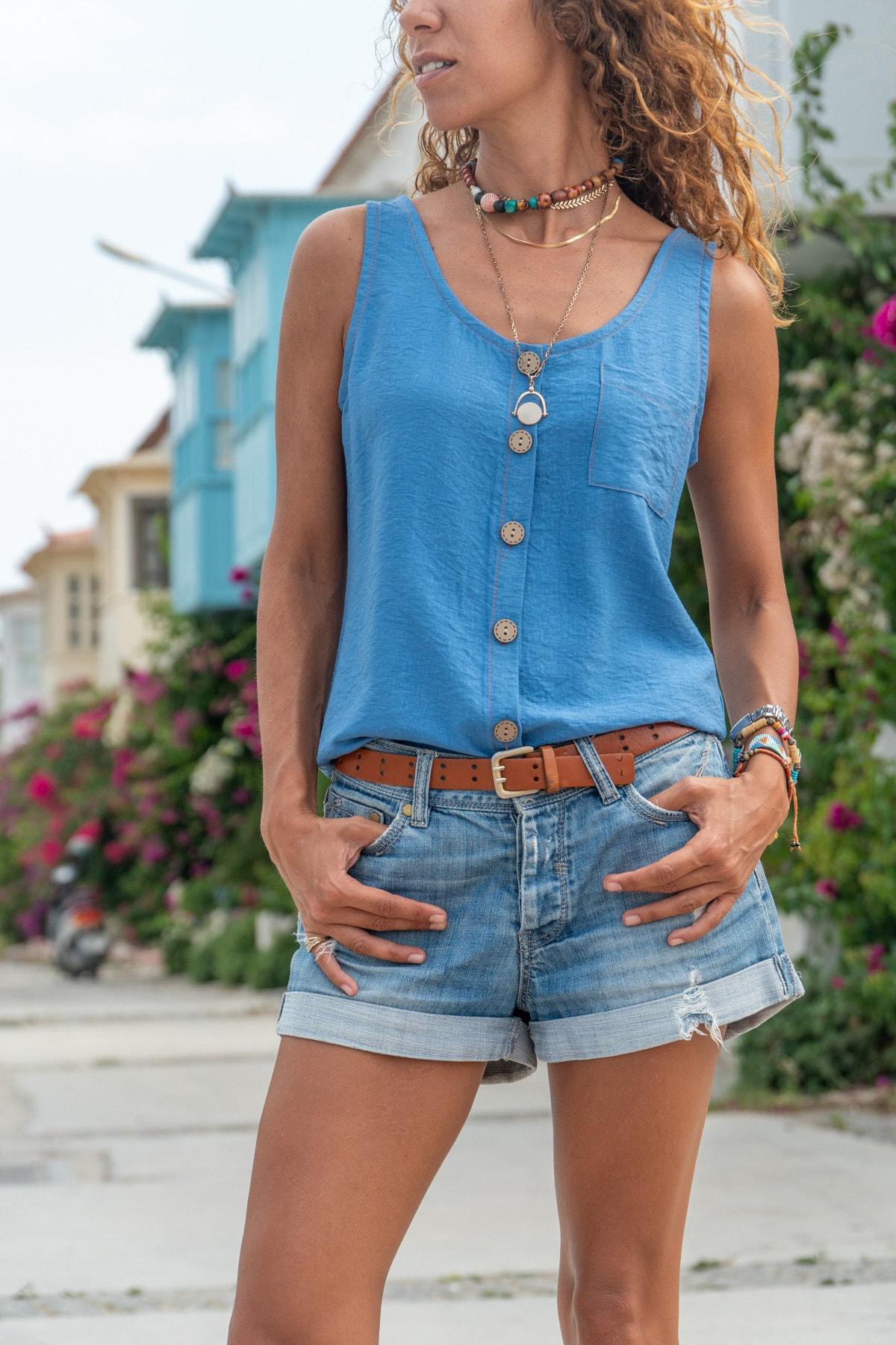 Güneşkızı Kadın İndigo Askılı Düğmeli Keten Bluz GK-BST2910
