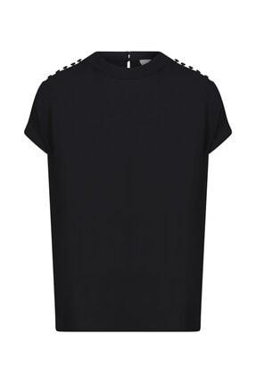 W Collection Siyah Omzu Düğme Detaylı Siyah Bluz