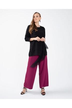 Seçil Kat Detaylı Bluz