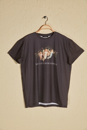 TrendyolMilla Siyah Baskılı Boyfriend Örme T-Shirt TWOSS19GS0082