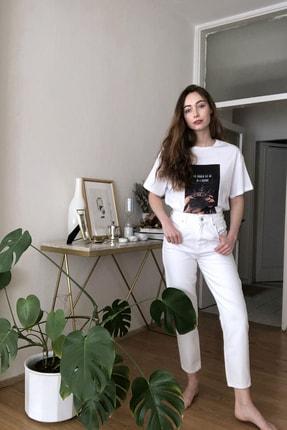 TrendyolMilla Beyaz Beli Lastikli Yüksek Bel Mom Jeans TWOSS20JE0428