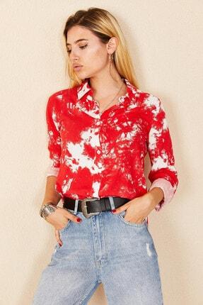 Morpile Kadın Kırmızı Batik Desen Gömlek
