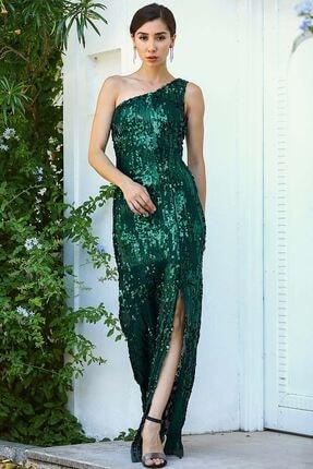 Nesrinden Tek Omuz Pullu Yırtmaçlı Yeşil Kadın Balık Model Abiye