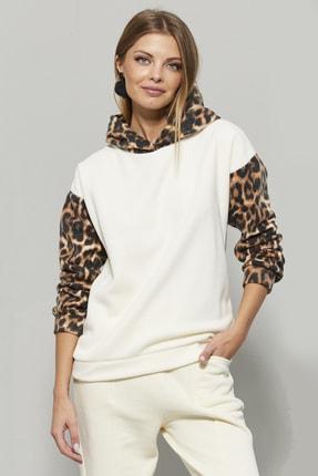 Cool & Sexy Kadın Ekru-Camel Leopar Desenli Kapüşonlu Sweatshirt PP26013