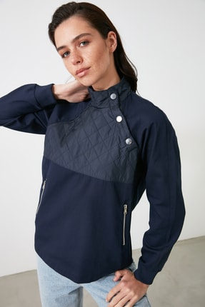 TrendyolMilla Lacivert Yaka Detaylı Bluz TWOAW21BZ1582