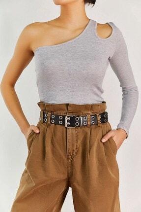 Boutiquen Kadın Gri Tek Kol Omzu Açık Bluz 1336