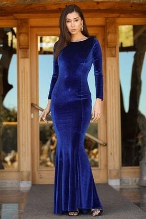 Nesrinden Sırt Dekolteli Kadife Saks Kadın Uzun Balık Model Abiye