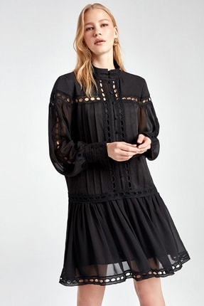 Nocturne Kadın Siyah Dik Yaka Brode Mini Elbise N20Y-2201-0002