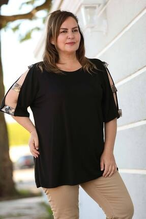 Nesrinden Kol Şeritli Siyah Büyük Beden Bluz