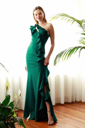 TrendyolMilla Zümrüt Yeşili Fırfır Detaylı  Abiye & Mezuniyet Elbisesi TPRSS20AE0244