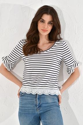 Hanna's Kadın Beyaz Siyah Çizgili Dantelli V Yaka Tshirt