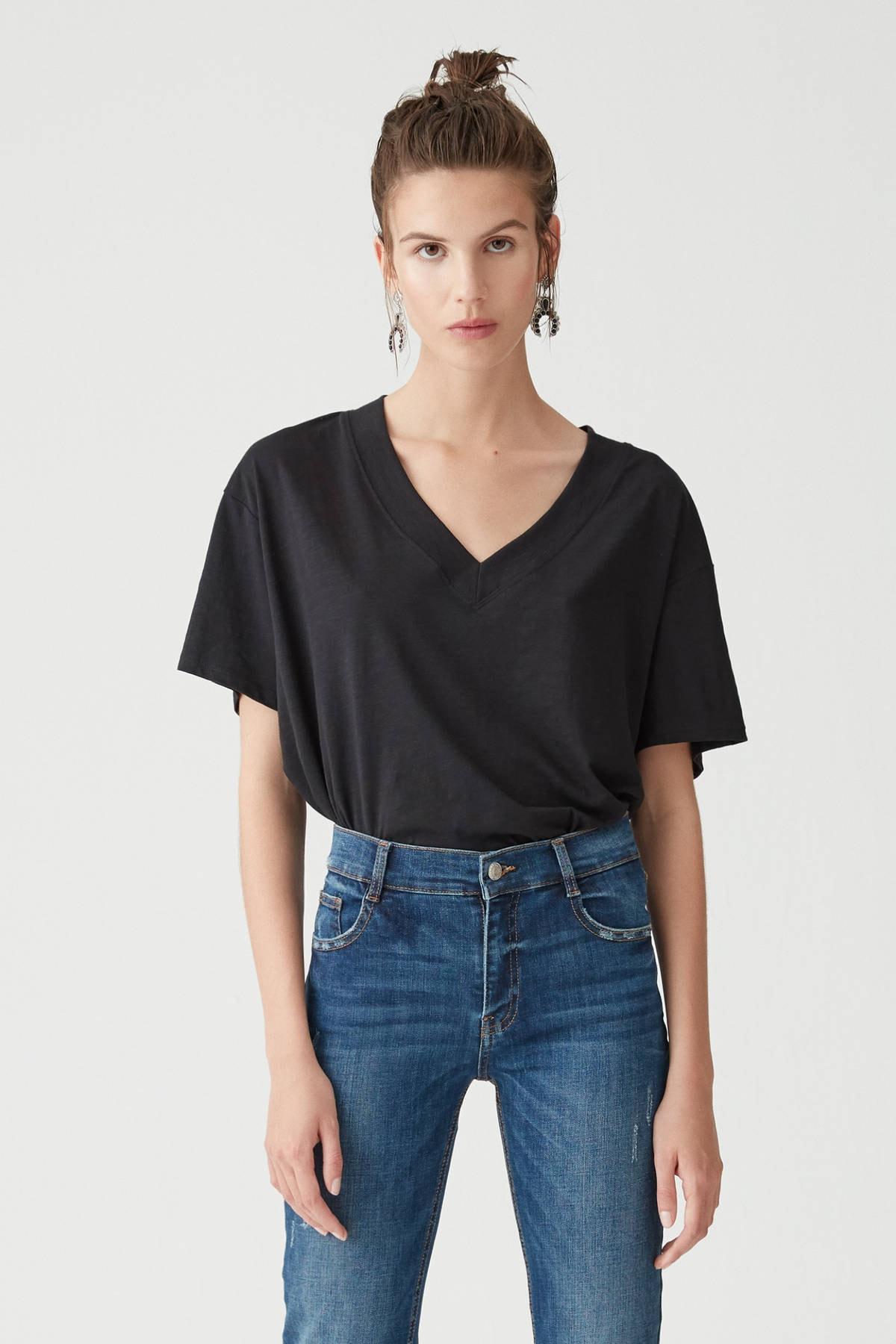 Pull & Bear Kadın Siyah Basic Oversize Düğümlü Örgü T-Shirt 05236324