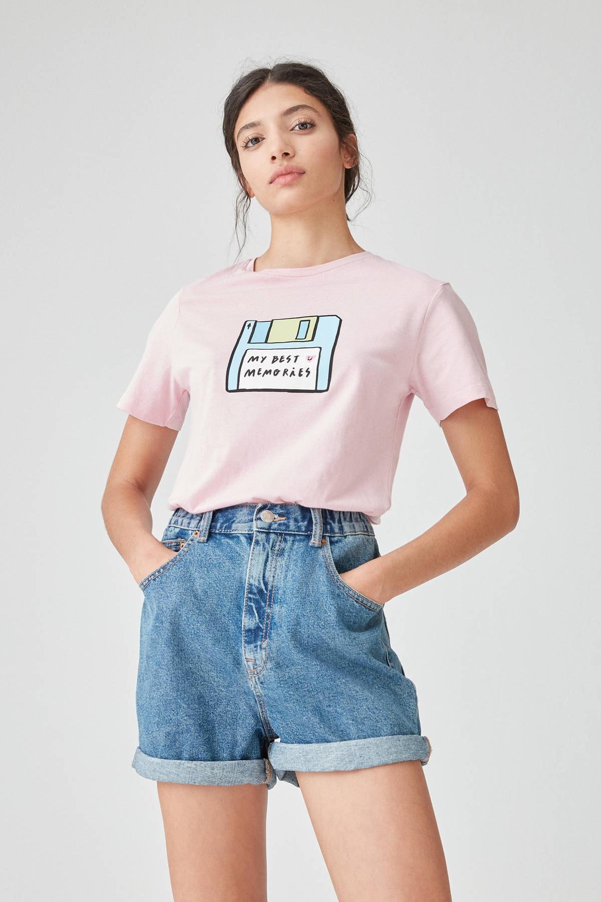 Pull & Bear Kadın Pembe Pembe Disket Görselli T-Shirt 09244302
