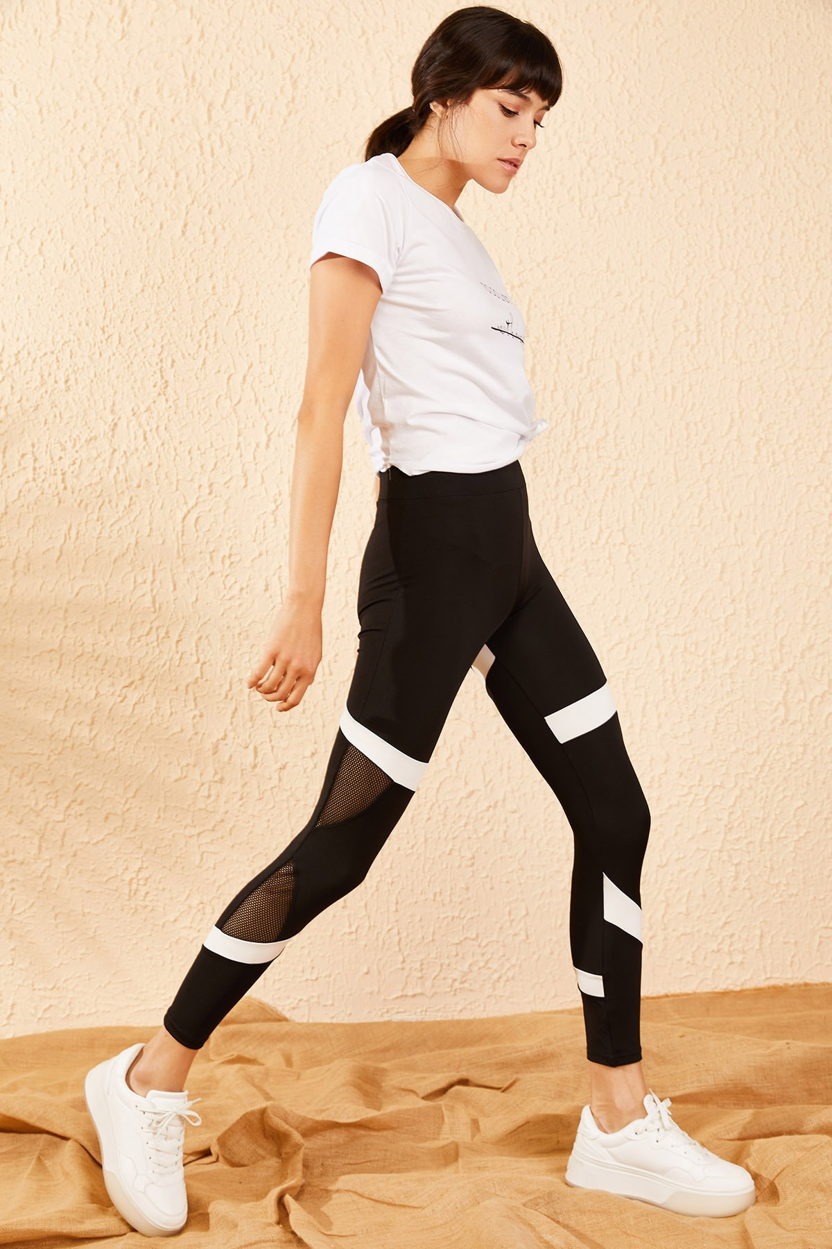 Bianco Lucci Kadın Siyah Beyaz Şeritli File Detaylı Spor Tayt 10071043