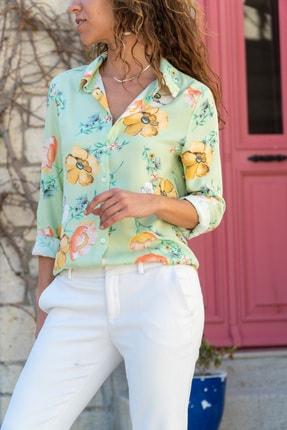 Güneşkızı Kadın Yeşil Çiçekli Gömlek GK-BST2711