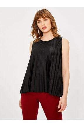 Vekem Kadın Siyah Sıfır Kol Piliseli Bluz